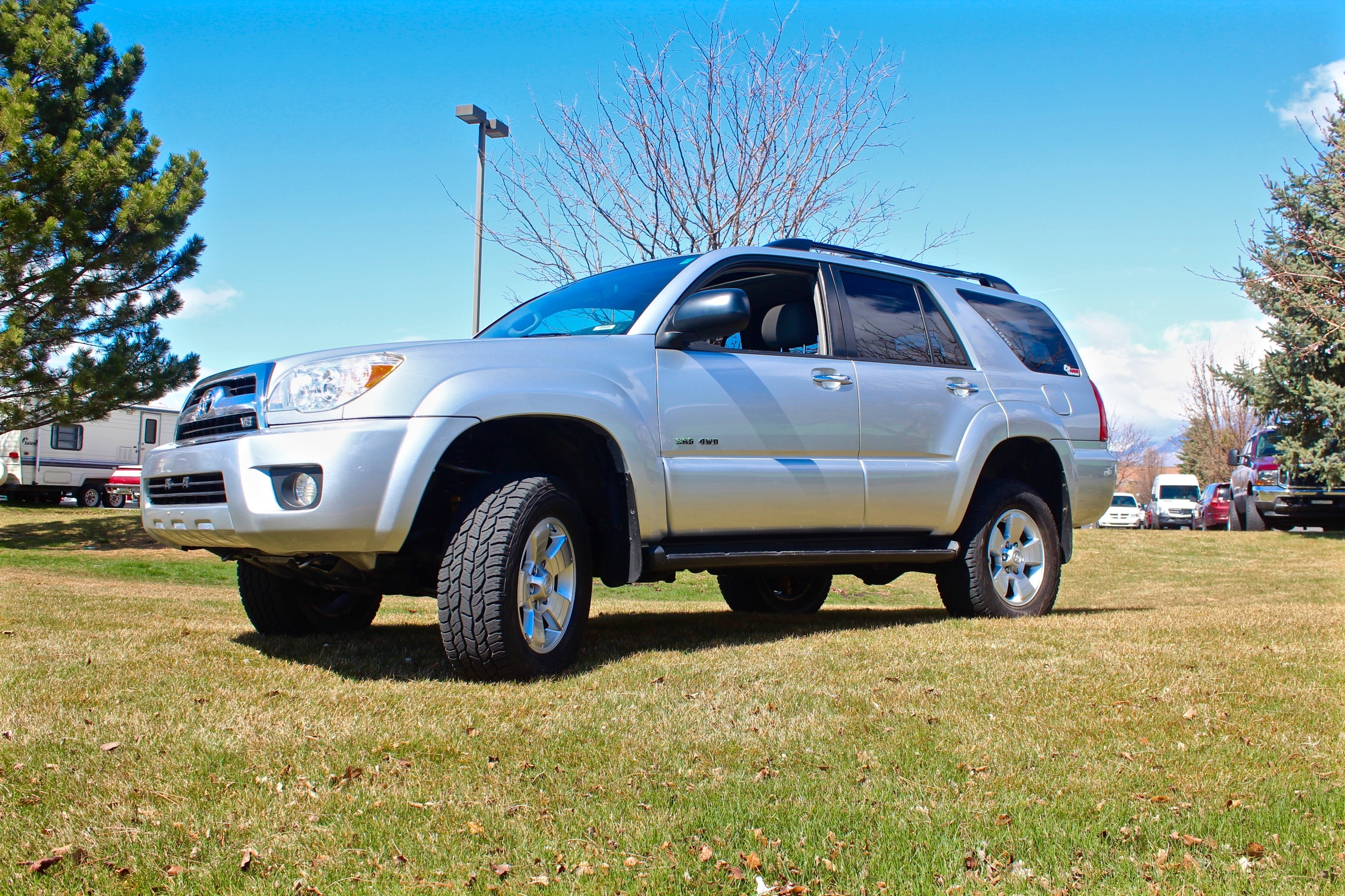 "Mike Atkinson's 2008 Toyota 4Runner AFTER Old Man Emu 3"" lift"